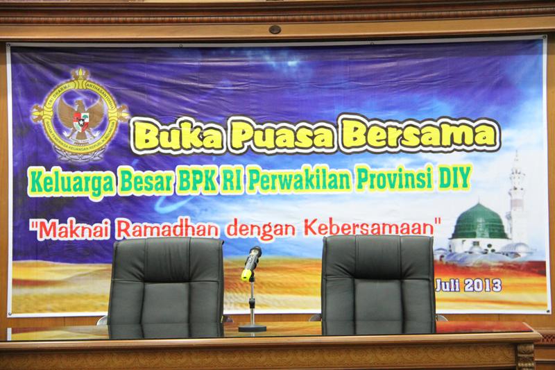 Buka Puasa Bersama Keluarga Besar BPK RI Perwakilan Provinsi DIY di Ruang Auditorium R. Soerasno